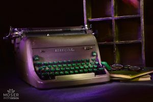 Alexis-Moser-table-top-light-painting-type-writer