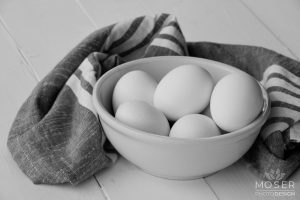 Alexis-Moser-product-photography-around-the-home-eggs-in-bowl-BW